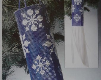 Snowflake Windsock Plastic Canvas Pattern Winter Seasonal Home Decor Free Shipping