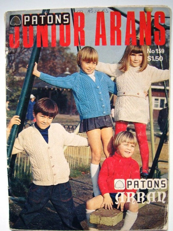 Patons Junior Arans No 159 Patterns to knit Sweaters Cardigans Jumpers Turtlenecks 12 Designs for Boys & Girls