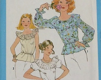 Vintage Sewing Pattern, Misses Blouse, 1970s, Size 16