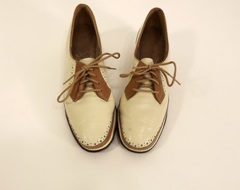 Vintage 40's/50's Shoes, Oxfords, Cream and Tan, Perforations, Size 6, Penaljo Oxfords, Play Arch, Wedge Heel