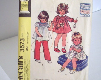 Vintage 70's Sewing Pattern, Toddlers' Dress and Bloomers, Size 1