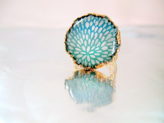 Ring: White and Blue Hand Painted Design by Pearle