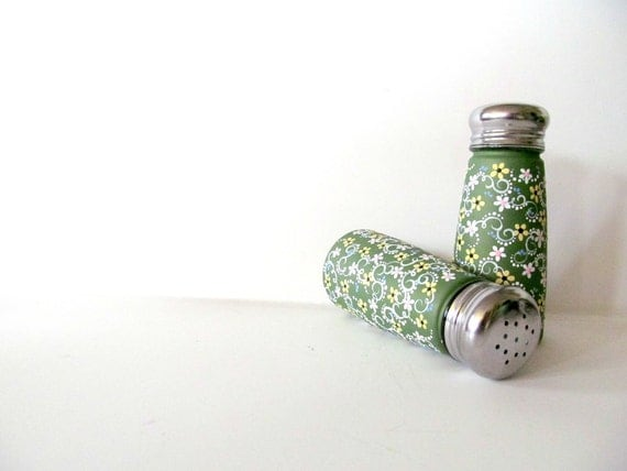 Spring Flowers: Hand painted Salt and Pepper shakers with metal holder