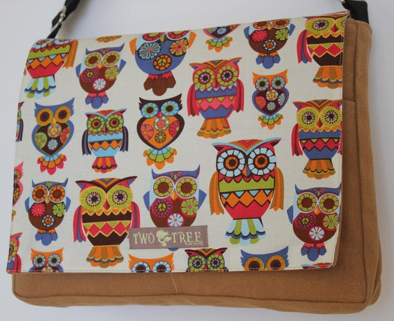 Tan Retro Hoot OWLS Print MESSENGER ipad Laptop Diaper BAG