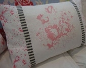 Cabbages and Roses English Linen/Down Pillow/TicKinG / PinK FloWers/SHaBBy CHiC/Lumbar/Decorative pillow/Bedroom/Childs Room/Baby