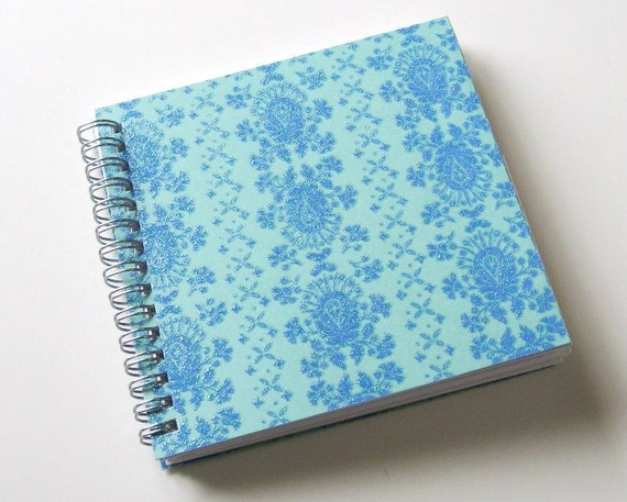 Small Coupon Organizer with 14 Pockets - Pre Printed Labels Included - Blue Damask
