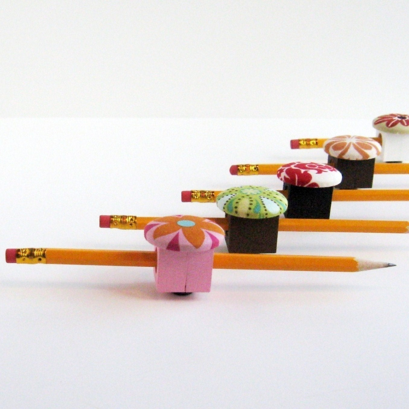magnetic pen pencil or chalk holder teacher gift - 🔎zoom