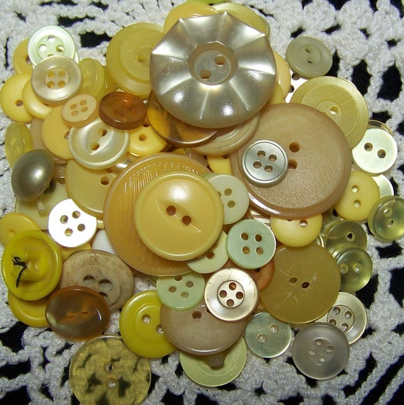 Vintage Lot of 100 Assorted Buttons Yellow
