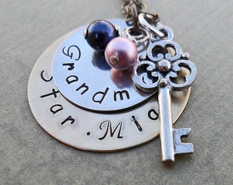 Personalized Grandma Necklace - 2 Names with Birthstones and Key  - Custom Necklace - S 61