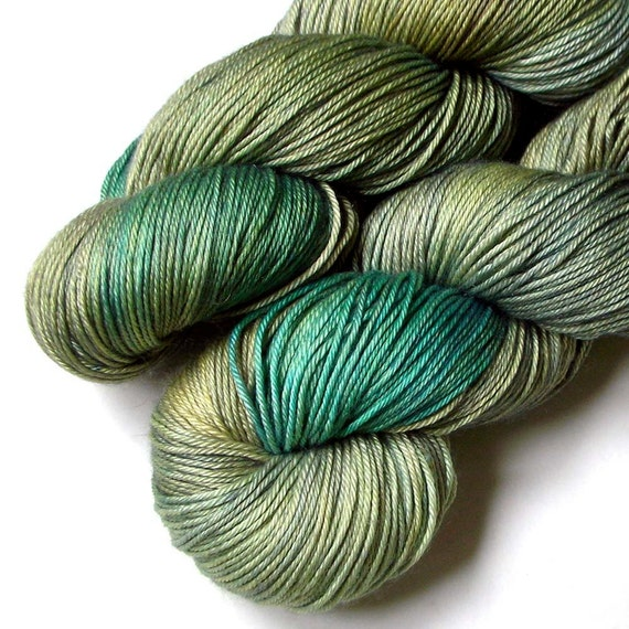Cashmere and Silk Fingering Yarn - Gilly Weed, 420 yards, FREE SHIPPING