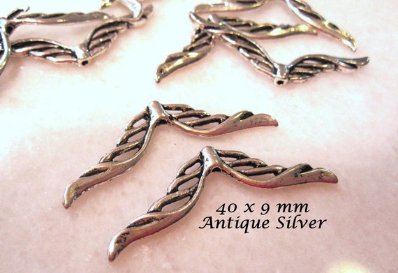 30 pcs of Wing Beads in Antique Silver plated pewter 40x9mm, double-sided wing beads MB 021