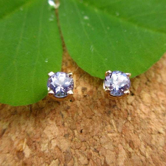 FAIR TRADE Tanzanite Earrings in 14k Gold- Stud Earrings with Genuine Gemstones