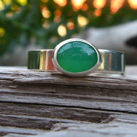 Chrysoprase and Sterling Silver Ring - Top Gem Quality - Free Gift Wrapping