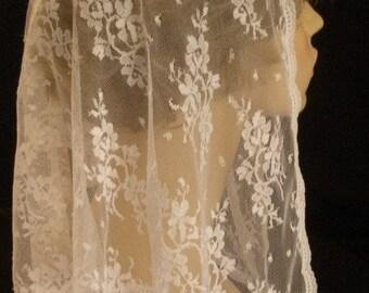 The Gretchen -- White Chantilly Triangular Lace Mantilla Headcovering, PREMIUM Chapel Veil