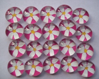 Hand painted glass gems mosaic tile party favors daisy daisies on pink