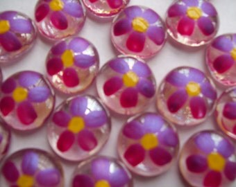 Daisies Handpainted glass gems party favors shimmer fushia flowers  art Daisy