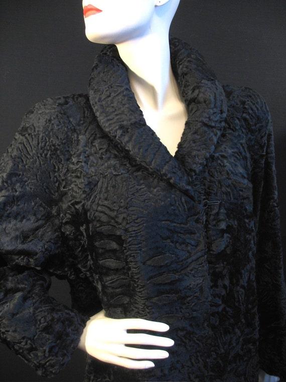 SALE Vintage 80s Genuine Swakara Broadtail Fur Coat L NEAR MINT