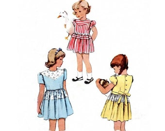 Vintage Sewing Pattern Girl's Puff Sleeve Back Button Gather Skirt Front Yoke 1940s Dress Child's size 4 Breast 23 Toddler Girl McCall 6742