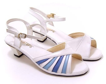 Vintage 1980s Shoes Sandals Blue White Fan Pleated Strappy Size 6