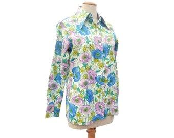 Vintage Blouse Poppy Flower Print Lavender Yellow Blue Pointy Collar Long Sleeve Blouse Medium size Large
