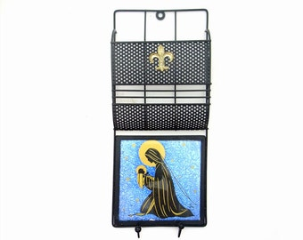 Vintage Mail Holder 1950s Black Wire Metal Gold Fleur de Lis Religious Virgin Mary Madonna Foil Mid Century Home Decor