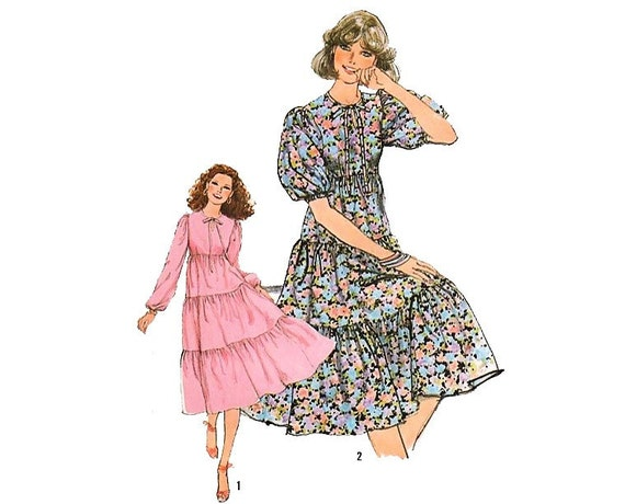 Vintage Sewing Pattern Puff Sleeve Dress Empire Waist Tiered Ruffle size 10 Small bust 32 1/2 Simplicity 8383