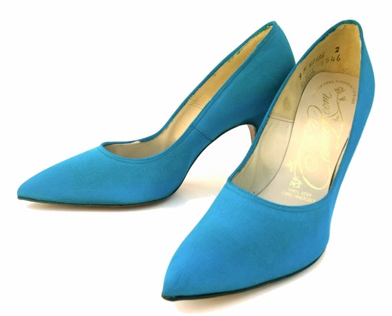 New Vintage 60s Turquoise Blue Shoes Fabric High Heel Stiletto Pumps Unworn size 9 Original Box