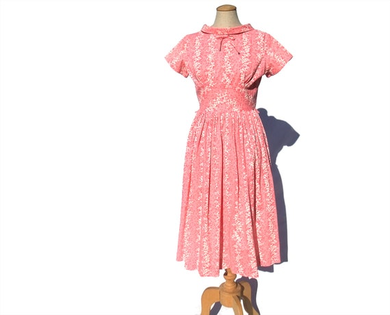 1950s Rockabilly Vintage Dress Pink White Floral Roll Collar size Small