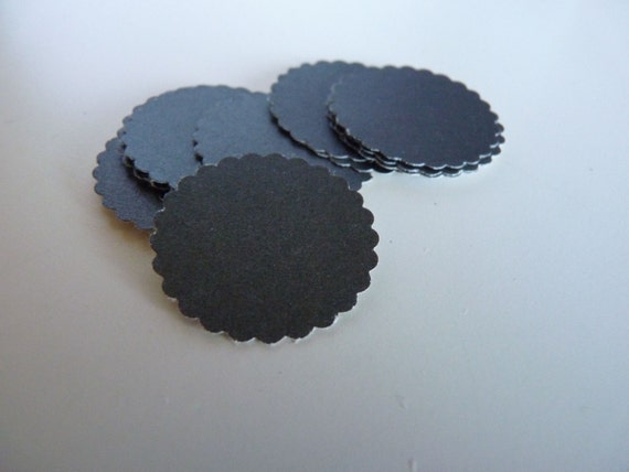 Circle sticker envelope seals - charcoal with scalloped edges