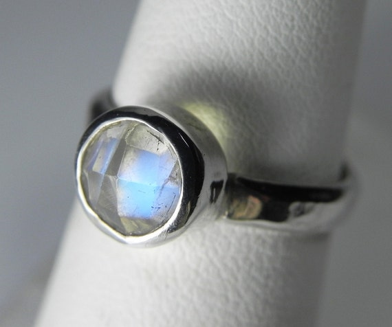 Moonstone Ring - Rainbow Moonstone Ring - Stacking Ring - Moonstone Stack Ring- Unique Moonstone Jewelry - Moonstone Engagement Ring