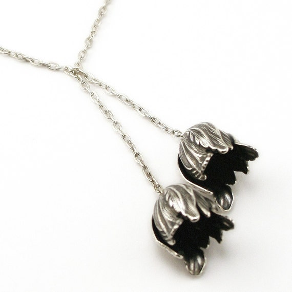 Neo Victorian Tulip Necklace - GORGEOUS Tulips Pendants Designed in a Lariat look -  PROMPTLY SHIPPED - Steampunk Jewelry London Particulars