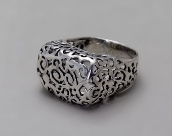 Oxidize Silver Ring, Sterling Silver Ring, Unique Ring, Victorian ring, Silver Filigree Ring, Black Silver Ring, Silver Lace Ring Delicate