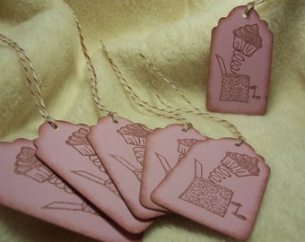 6 Piece Set of So Adorable Cupcake Out of the Box Vintage Inspired Scrapbooking Hang Tags