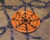 dollhouse miniature halloween serving tray spiderweb black and orange ceramic round 1:12 scale one inch