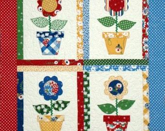Mimi's Garden Quilt Pattern - Sweet Vintage Flowers - PDF Format