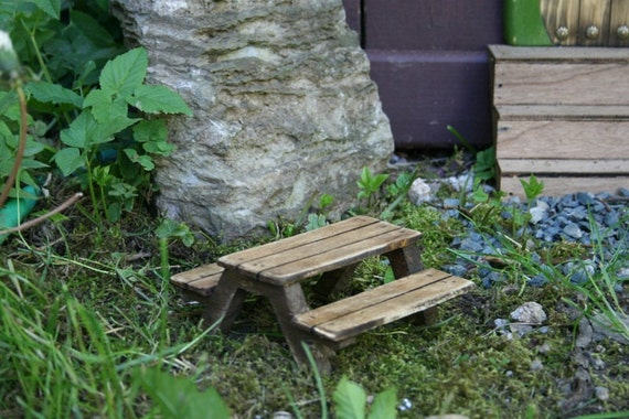 Miniature Fairy Picnic Table.