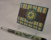 Post-it note holder with beaded pen - floral gift set in aqua, teal, green and brown