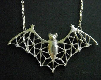 Huge and Big 45 x 78 cm Antique Style Silver BAT Pewter Charm Necklace