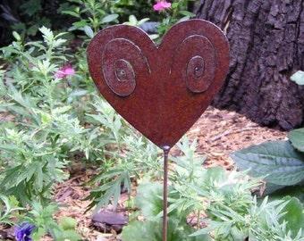 Rusty Finish Spiral Heart Metal Garden Art Yard Stake