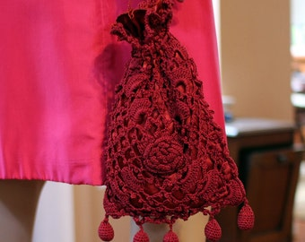 1920s BURGUNDY CROCHET BAG