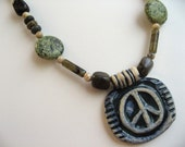 PEACE SIGN NECKLACE IN SHADES OF GREEN