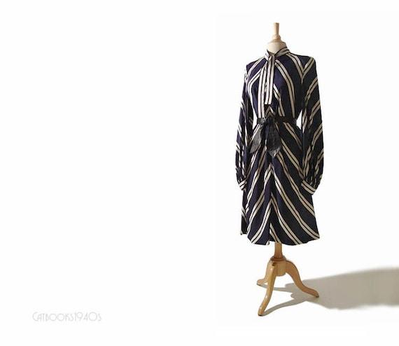 Vintage PAULINE TRIGERE Silk Chevron Poet Sleeve Secretary Dress L