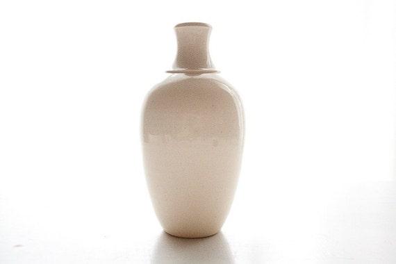 Milk White Vase: Wheel-Thrown Pottery Vessel