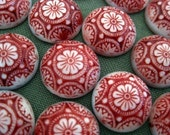 red and cream vintage style glass floral cabochon, 14mm