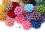 40pc cutest daisy resin flower cabochon / 10mm / 20 colors / perfect for making earrings, hairpins, rings