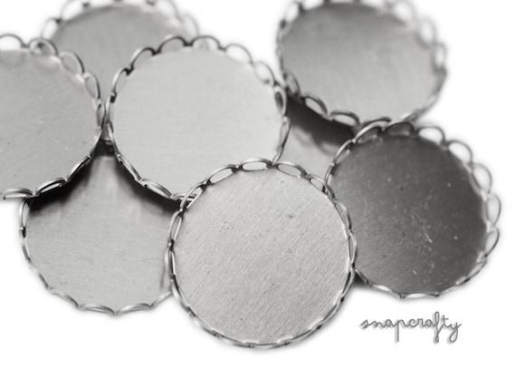 6pc 28mm lace edged silver tone setting SET016-28mm-SL
