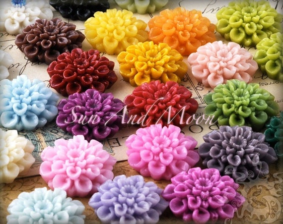 Resin Cabochons - 20pcs Flower Cabochons - Chrysanthemum Mum - 22mm Cameo Flat Back - Mix and Match Your Resin Flowers - 22RF