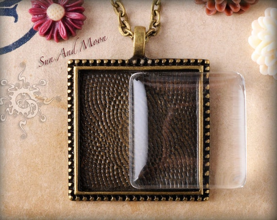 Pendant Tray Package - 10 Vintage Cabochon Settings,10 Clear GLASS Cabochons,10 Antique Bronze Necklaces - 1 Inch Square Glass Tiles - VSPTP
