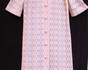 Long n Lacy, Vintage ROBE, Dressing Gown, Pretty in Pink