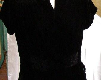 BLACK VELVET DRESS 1940 s, plush vintage velvet, back buttons, smocking, ruching, gorgeous classic